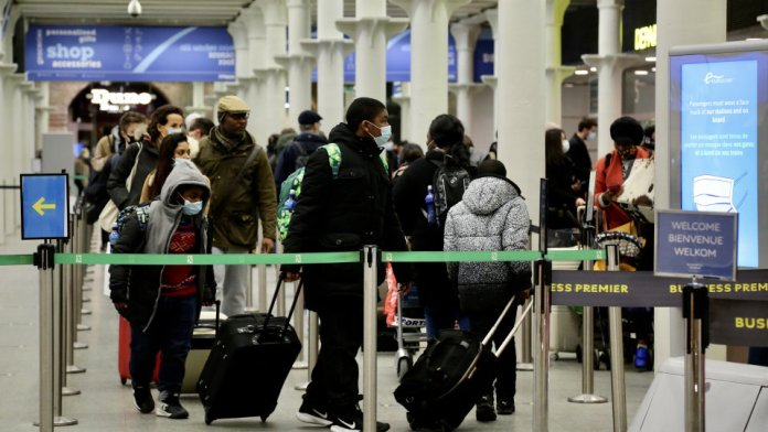 India implements 10-day quarantine for all UK travelers, new guidelines taking effect from 4 October